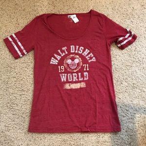 NWT Walt Disney World shirt XL